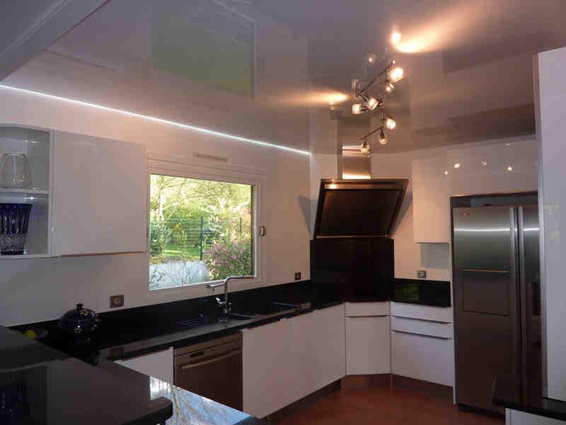 Comment faire un faux plafond avec lumière indirecte ?