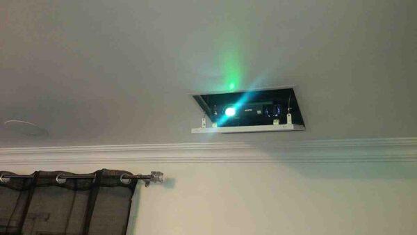 Quel vidéoprojecteur au plafond ?